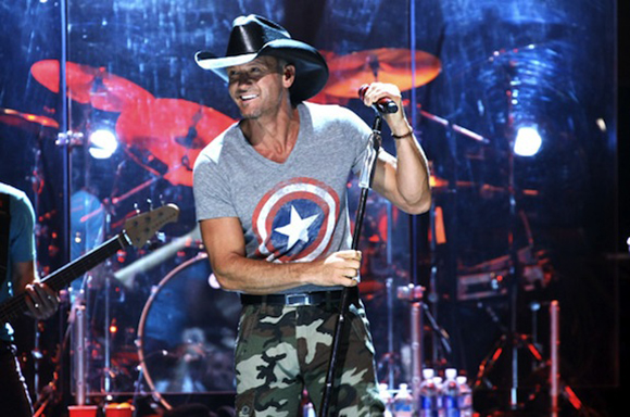 Tim McGraw, Billy Currington & Chase Bryant at Jiffy Lube Live