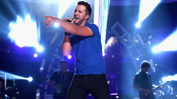 Luke Bryan, Little Big Town & Dustin Lynch at Jiffy Lube Live
